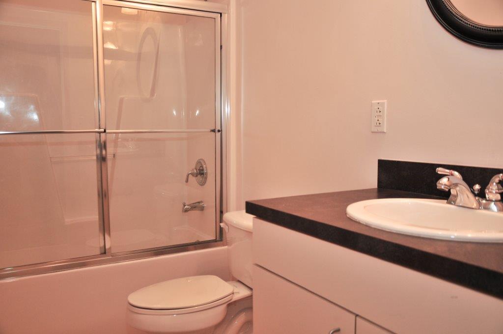 Erwin Terrace Bathroom